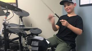 Hudson jamming to The White Stripes - Seven Nation Army