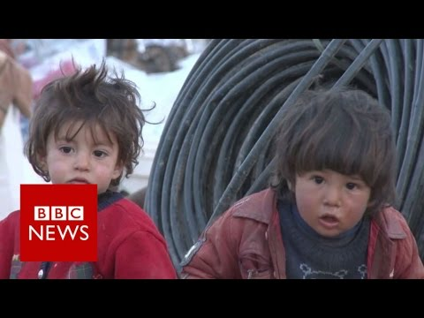 Thumbnail: IS conflict: Raqqa residents flee looming battle - BBC News