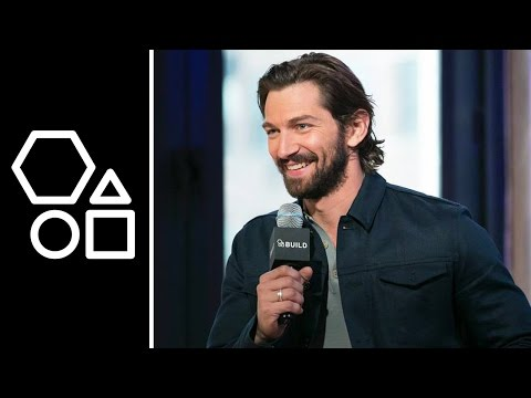 Michiel Huisman's Craziest Fan Interaction | AOL BUILD