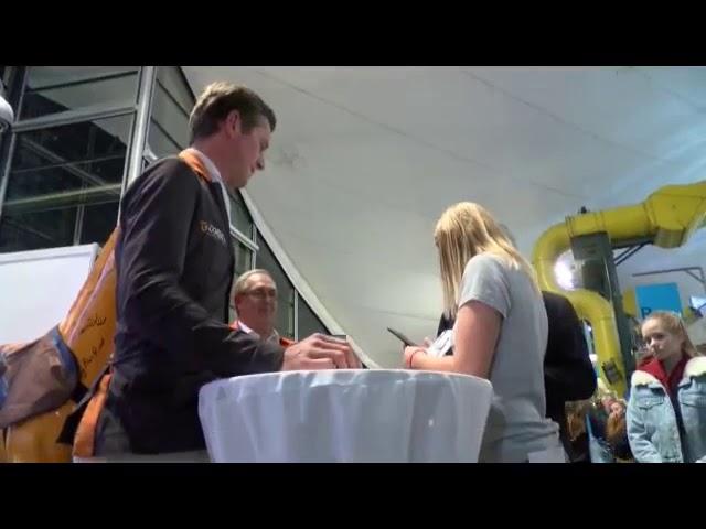 Autogrammstunde BEMER Int  AG