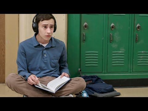Atypical Episode 1 Review/Discussion   SHOULD YOU WATCH IT?