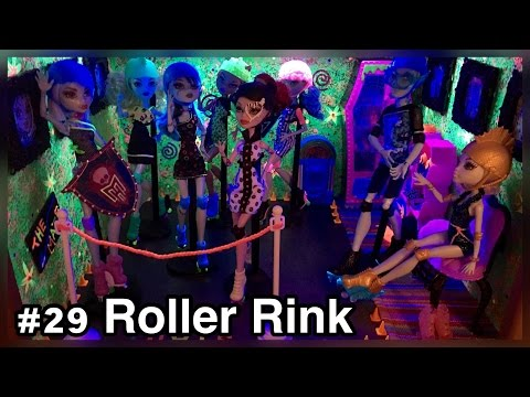 UPDATE! ROLLER MAZE RINK Monster High Doll House Room Tour #29/50+ Roller Maze & Wheel Love Dolls