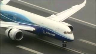 Boeing 787 Takeoff And Perfect Landing