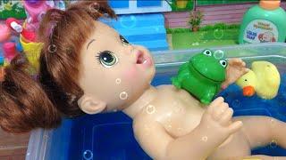 Baby Alive Hora do Banho da Marie - Julia Silva