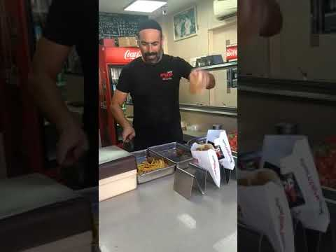 Pablo - Amazing Falafel Serving Skills