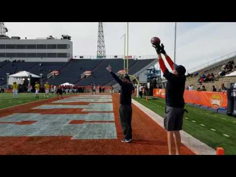 Sefo Liufau, Nate Peterman & C.J. Beathard work on end zone throws at 2017 Senior Bowl