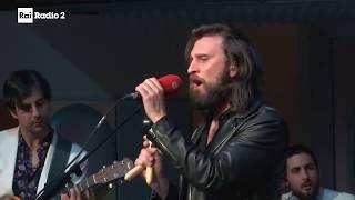 "Nic Cester ""Eyes On The Horizon"" - Radio2 Live"