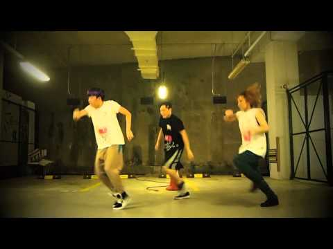 "Winnie Chan ""Thrift Shop By Macklemore & Ryan Lewis Feat. Wanz"""