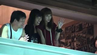 駅前商店街にて 朝ドラ「カーネーション」でコシノミチコ役を演じた安田...