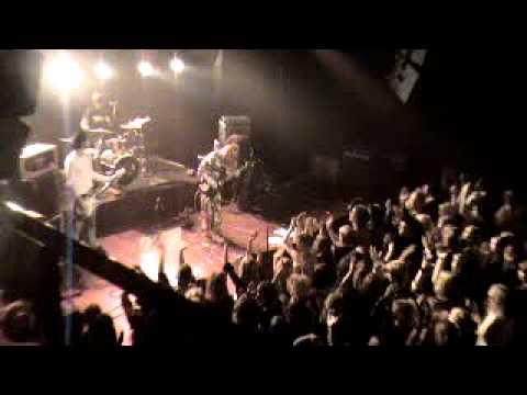 Bitch Alert - Live@Gloria 23.11.2005