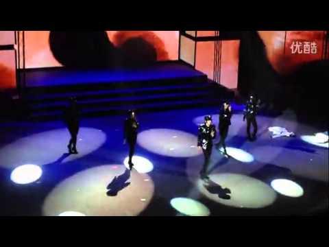 China's top dancer JLoMichael's stunning Michael Jackson performance at Shanghai cultural fest