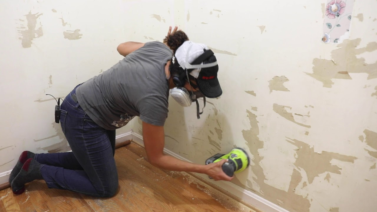 How To Remove Wallpaper Easily And Repair The Drywall Thrift Diving Youtube