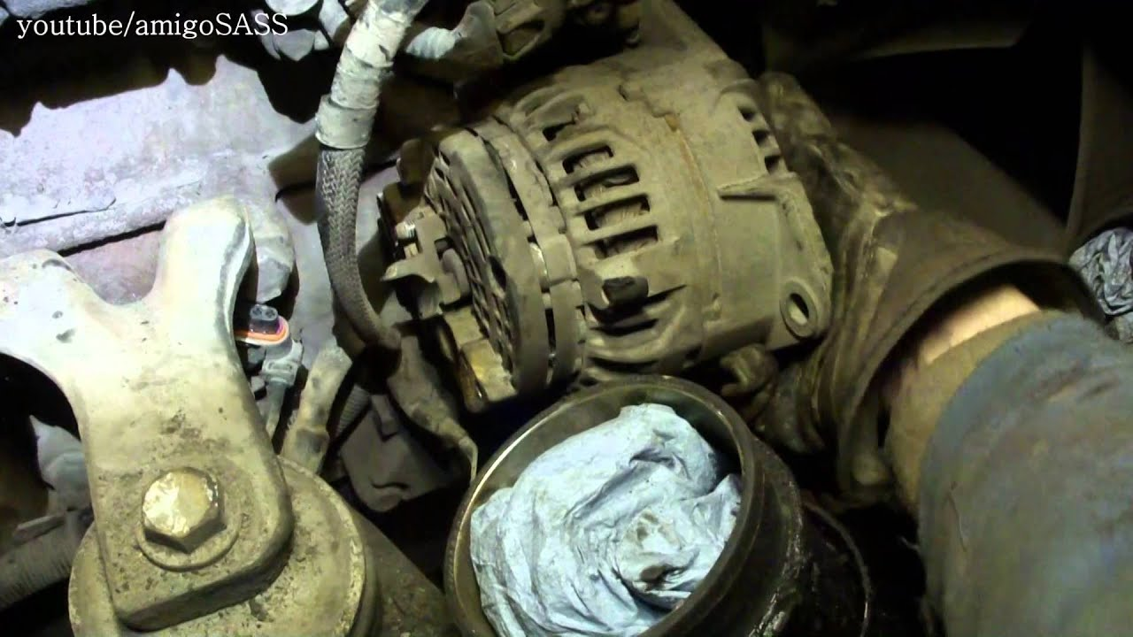 Замена генератора Mercedes Atego Alternator Replacement