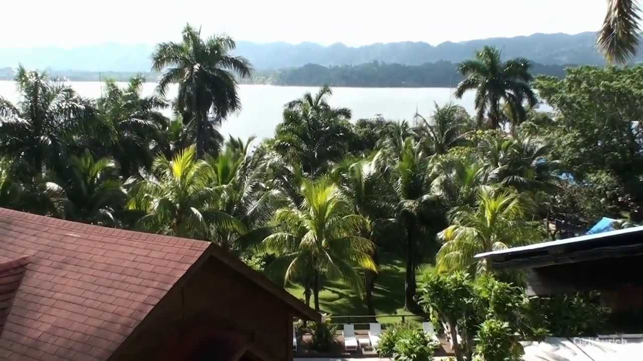 how to go to livingston guatemala