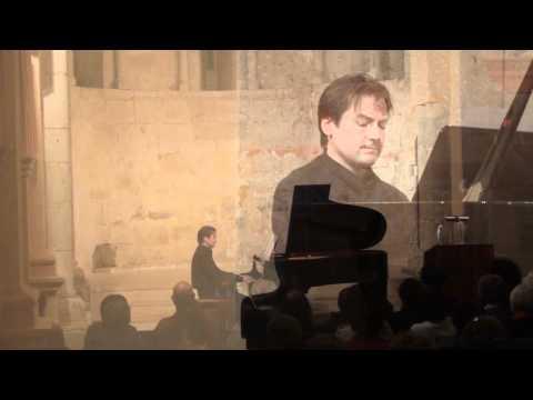 Igor Escudero. Sonata nº1 (II).  (Duncan Gifford)