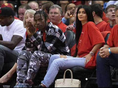 Kylie Jenner & Travis Scott Continue Their Houston Escapades With A Trip To The Mall!