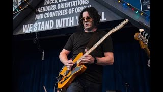 """The Raconteurs """"Now That You're Gone"""" Live - Amoeba Records, Hollywood"""