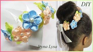МК: Міні-віночок на пучок (гульку)/Мини-веночек на пучок из цветов канзаши/Flower wreaths for hair(МК:https://www.youtube.com/watch?v=Ti3O11eIjWM Всім привіт. В майстер-класі міні віночок для гульки або пучка. Квіти двосторонні..., 2016-08-09T14:13:49.000Z)