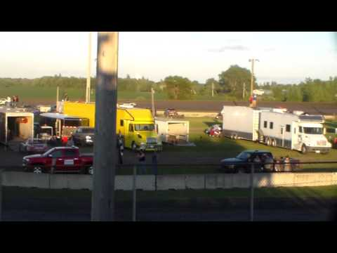 Stock Car Heat 2 @ Fairmont Raceway 08/05/16