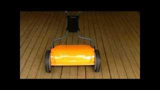 Fiskars StaySharp 17-inch Reel Mower