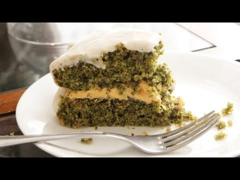 Kale Cake Recipe - Vegan Dessert Baking - Sweet Potato Filling - Cream Cheese Buttercream