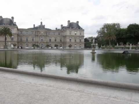 Pool at Luxembourg Palace