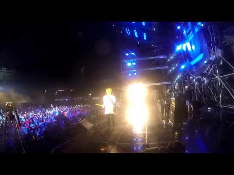 Anamanaguchi - Prom Night LIVE @ UMF Korea 2013
