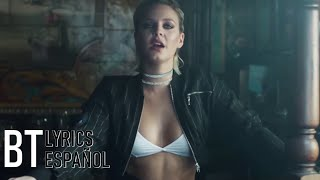 Clean Bandit - Rockabye ft. Sean Paul & Anne-Marie (Lyrics + Español) Video Official Video