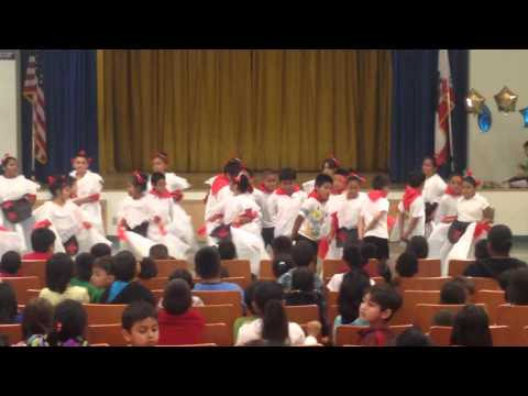 Budlong Elementary School performing on May 5, 2015.