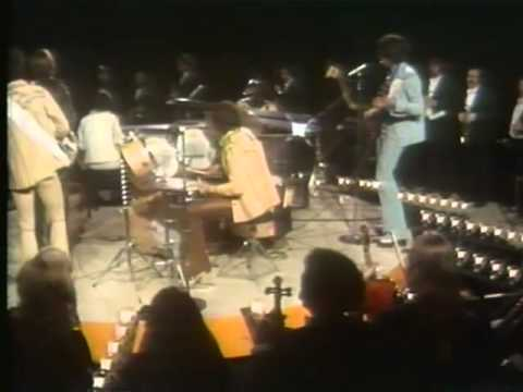 "Isaac Hayes & The Osmonds ""Feelin' Alright"" LIVE on ""The Osmond Special"" U.S. TV 11/74"