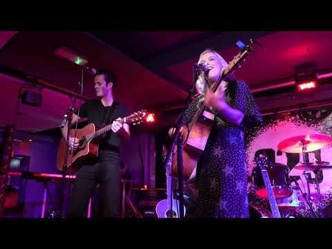 Emily Faye - Leaving Looks Good On You @ 229 The Venue 05-12-2019 - 4K