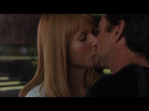 Tony and pepper kiss