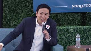 """Andrew Yang says """"Beto"""" in a funny way"""