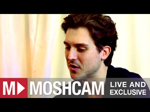 Andy Bull talks marriage proposals, synths and gender rumors | Moshcam Interview