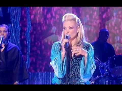 Anastacia - Left outside alone (Live at 'Record of the year')