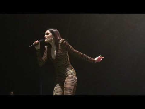 Jessie J Flashlight