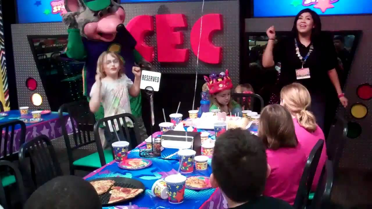 Chuck E Cheese Sings Birthday Star Song