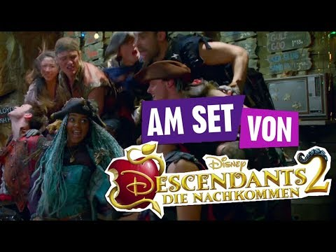 Am Set von: Descendants 2 - Videodreh - What's My Name? | Disney Channel