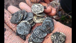 Нашел золотой клад испанских  монет/Trésor de pièces d