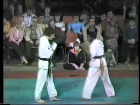 Richard West kyokushin knock out.mpg