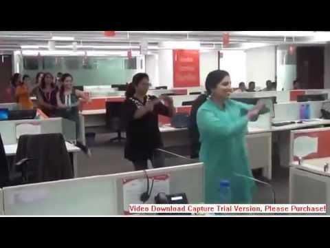Мастурбирование офисных девочек видео