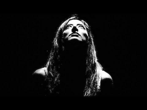 MODERN MIMES- SEEK & HIDE [OFFICIAL MUSIC VIDEO]