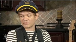 Sum 41 frontman Deryck Whibley speaks to Deana Sumananc about his s...