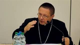 Jedna czwarta dochodów Kościoła na działania charytatywne   abp Grzegorz Ryś