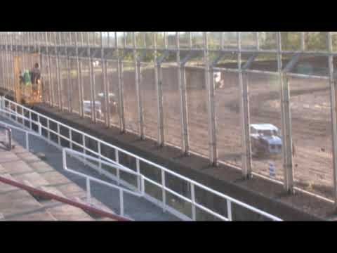 Southern Oregon Dwarf cars (SODCA) at SO speedway 5/11/19 Heat 1