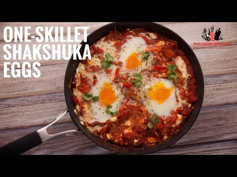 One Skillet Shakshuka Eggs | Everyday Gourmet S6 E27