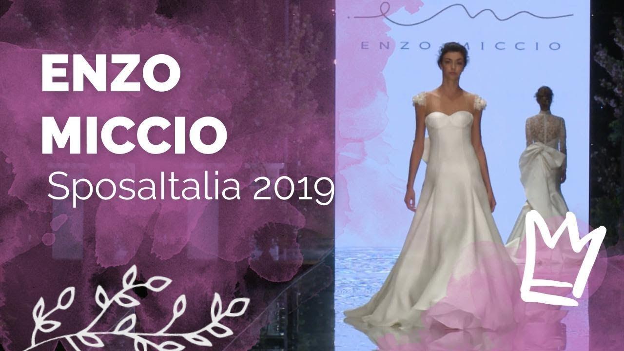 Vestiti Da Sposa Youtube.Enzo Miccio Abiti Da Sposa 2020 Sfilata Milano Youtube