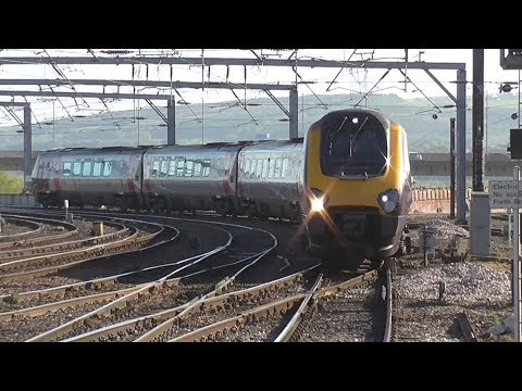 Trains at Newcastle Central | 04/05/2017