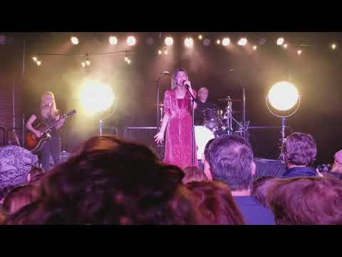 Grace Vanderwaal - Clearly - live - Nashville, TN, - 2/9/18