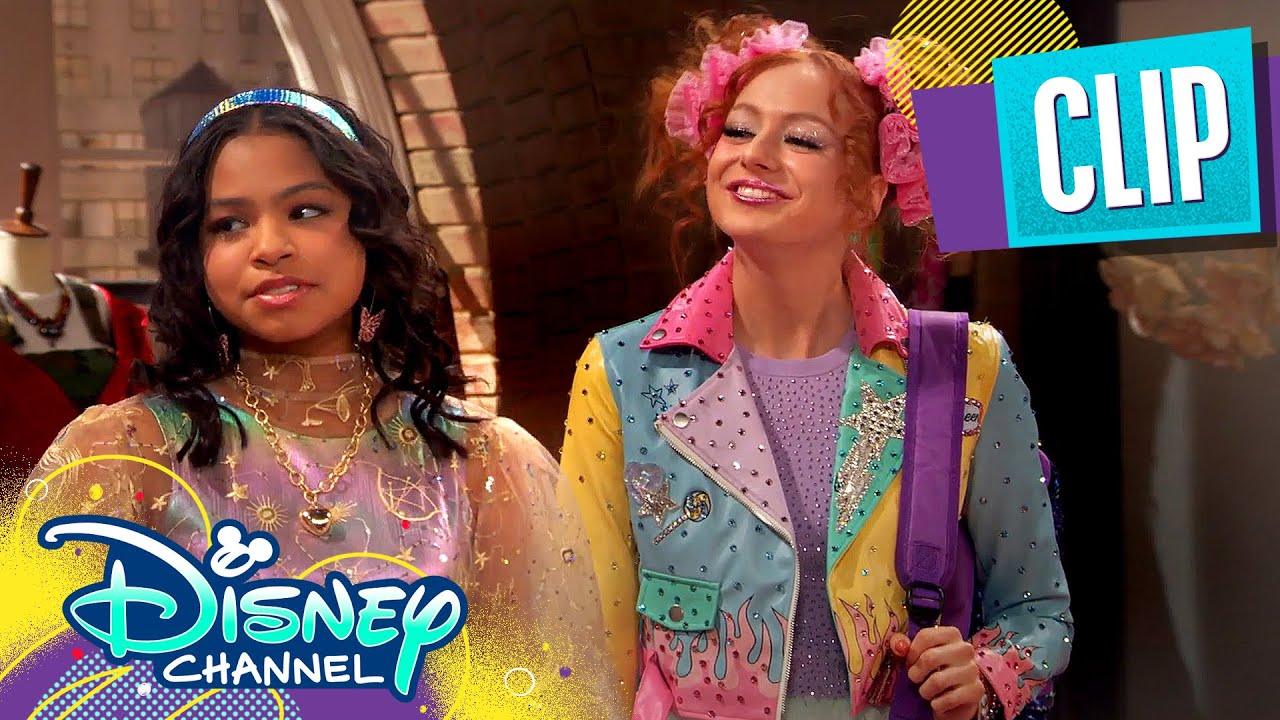 Nia's New Makeover 💄| Raven's Home | Disney Channel